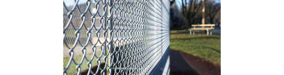Cierres agrícolas y cerramientos para cercados y vallados de parcela.